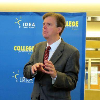 Texas Senator Dan Patrick at IDEA Carver Academy to discuss charter school bill SB2