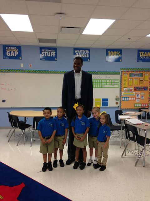David Robinson visiting IDEA South Flores |San Antonio Charter Moms