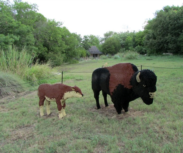 Bison and calf by Sean Kenney at Nature Connects Art with LEGO Bricks, San Antonio Botanical Garden | San Antonio Charter Moms