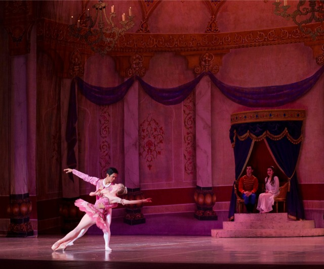 Sugar Plum Fairy and Cavalier in Ballet San Antonio's Nutcracker | San Antonio Charter Moms