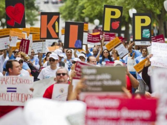 KIPP families at Texas State Capitol | San Antonio Charter Moms