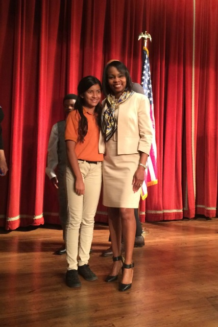 Angelina Guzman, 7th grade student at IDEA South Flores, with Mayor Ivy Taylor | San Antonio Charter Moms
