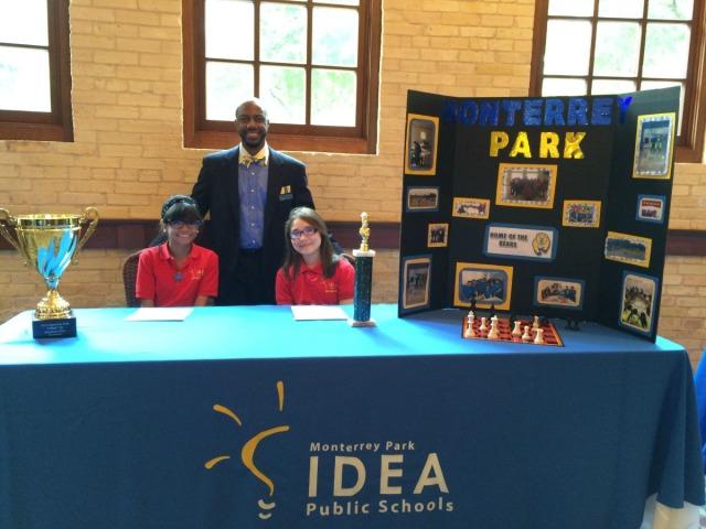 IDEA Monterrey Park College Prep Principal Curtis Lawrence with students Miranda and Monica | San Antonio Charter Moms